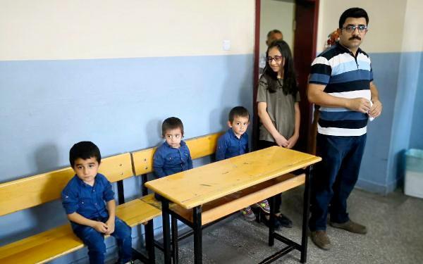 Üçüzleri 'Recep', 'Tayyip', 'Erdoğan' ile sandığa gittiler