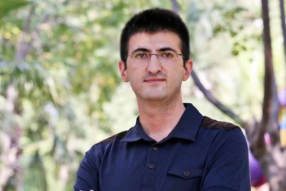 Meclis'te dikkat çeken isimler Arınç'ın oğlu vekil oldu mu?
