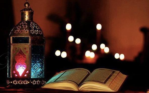 Kadir Gecesi kılınacak namazlar 2-4 rekatlık özel Kadir Gecesi namazı kılınışı