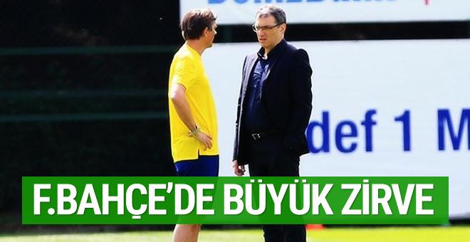 Fenerbahçe'de Comolli ve Cocu zirvesi