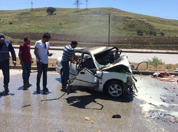 Sivas'ta feci kaza! Çok sayıda ölü ve yaralı var