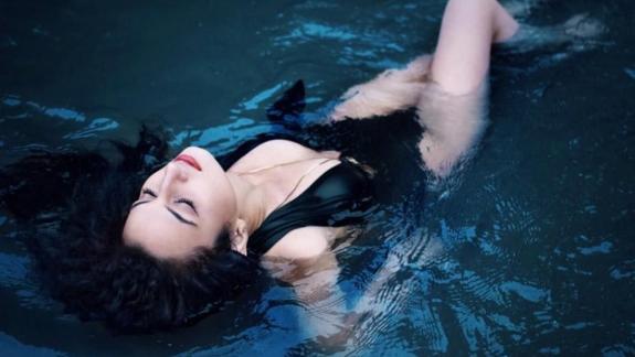 Top model Dilan Oktaş'ın tacı ve unvanı geri alındı