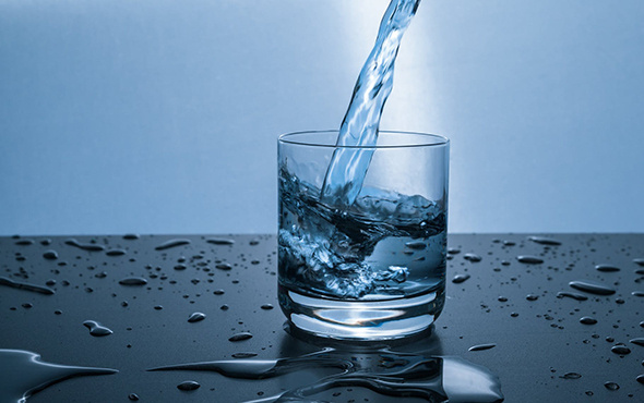 'Sabahları sıcak su içmek faydalı' efsanesi gerçek mi?