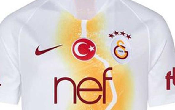 Galatasaray'ın Şampiyonlar Ligi forması belli oldu
