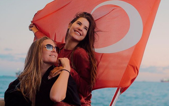 The Yenge lakaplı Amanda Cerny İstanbul'da!