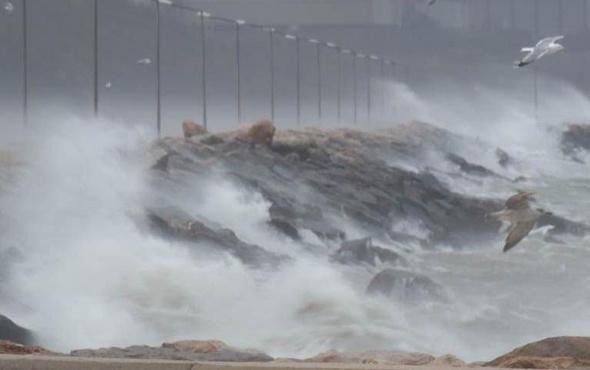 İstanbul için çok şiddetli fırtına uyarısı!