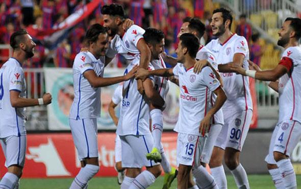 Altınordu sahasında Denizlispor'a gol yağdırdı