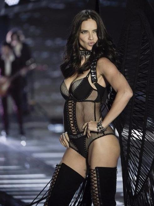Adriana Lima'nın tahtına göz diken Rus güzel!