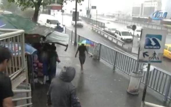 İstanbul sağanak yağmura teslim Meteoroji uyarmıştı