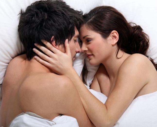Ürolog açıkladı : Erkeklerde cinsel performans düşüklüğünün sebebi