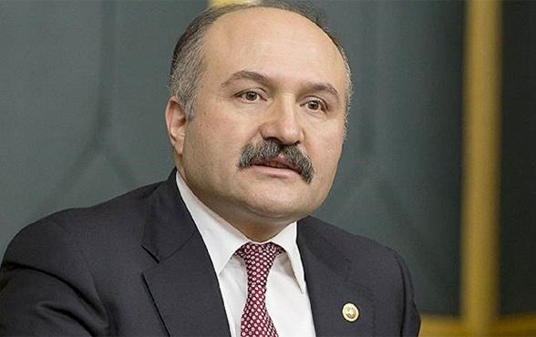 MHP'den ihraç edilen Erhan Usta'ya İYİ Parti'den yeni teklif