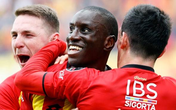 Galatasaraydan Demba Ba konusunda resmi açıklama 22
