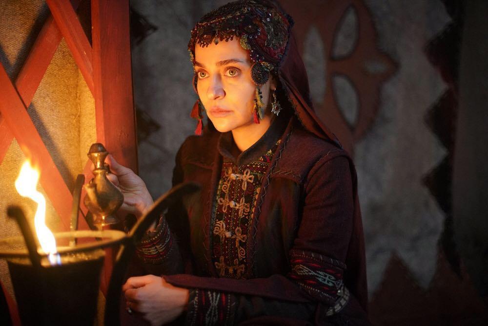Diriliş Ertuğrul'un güzel oyuncusu sahte doktor kurbanı Son hali şoke etti