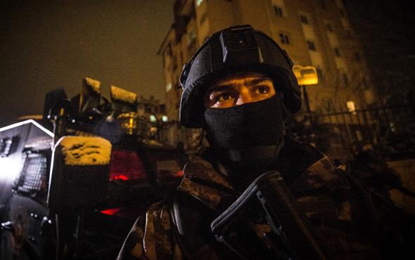 Ankara'da bin polisin katılımıyla narkotik uygulaması yapıldı