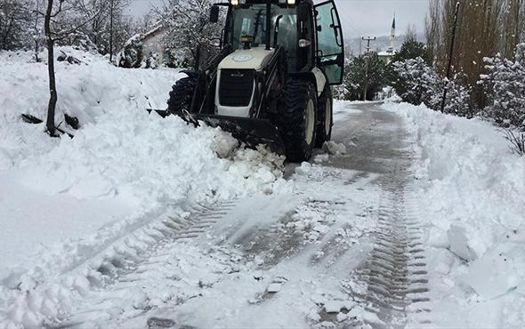 Bugün okullar tatil mi? 8 Ocak Salı günü eğitime kar engeli gelen iller