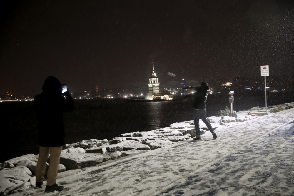 Bugün hangi illerde okullar tatil? Kar tatili haberleri peş peşe açıklanıyor