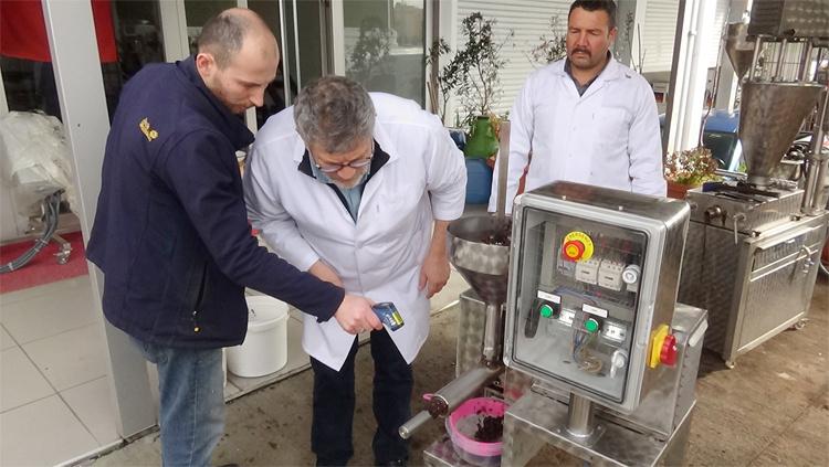 Evde zeytinyağı yapan makina! Balıkesir'de yapıldı devrim yapacak