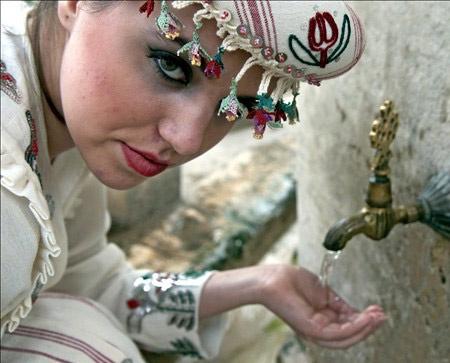 Osmanlı kadınları böyle giyinirdi