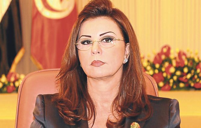 Devrik First Lady Tunus'un hazinesini götürdü