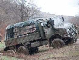 Erzurum'da askere hain saldırı