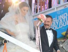 Oktay Kaynarca'dan sürpriz düğün