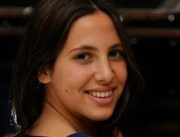 Hülya Avşar'ın kızı Zehra'ya hapis şoku!