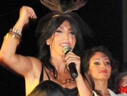 Mersin'de Hande Yener için şok karar