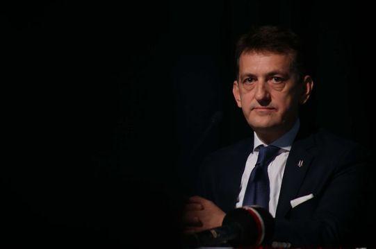 Beşiktaş'ta Metin Albayrak istifa etti