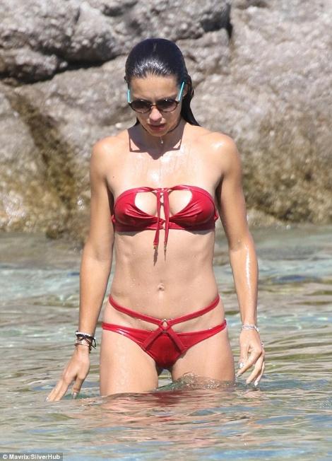 fake agent provocateur bikini