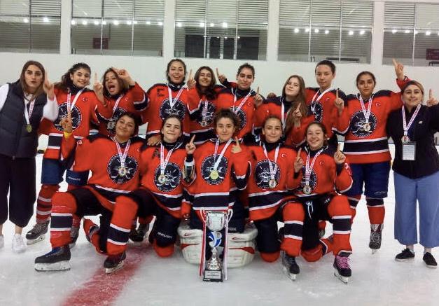 Buz Korsanları SK Genç Kadınlar