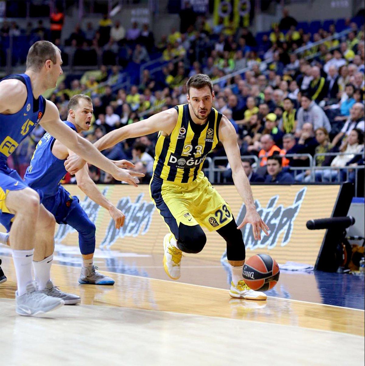 Fenerbahçe Doğuş, Maccabi Fox