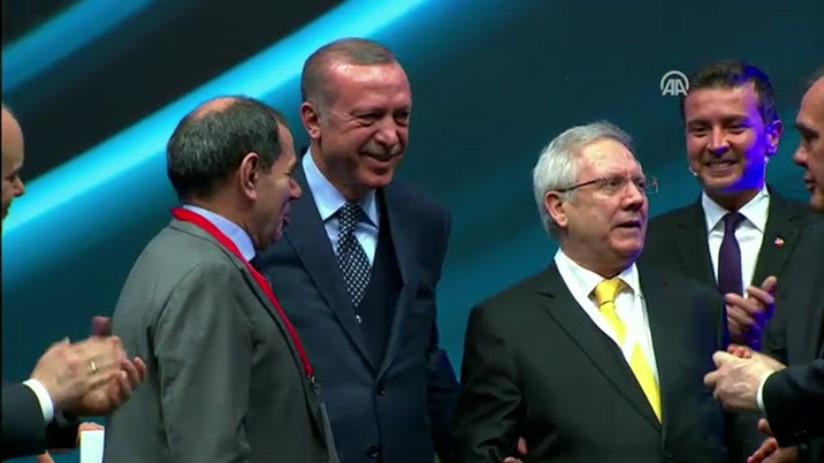 Aziz Yıldırım fenerbahçe erdoğan