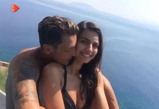Mesut Özil ile Amine Gülşe