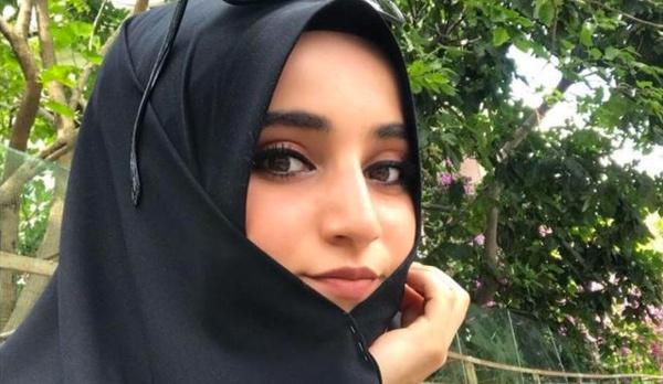 Ali Nesin Atatürke Hakaretten Tutuklanan Safiye Inciye Sahip çıktı