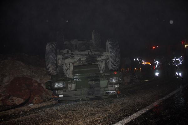 Hatay'da askeri araç devrildi: 5 asker yaralı - Sayfa 5