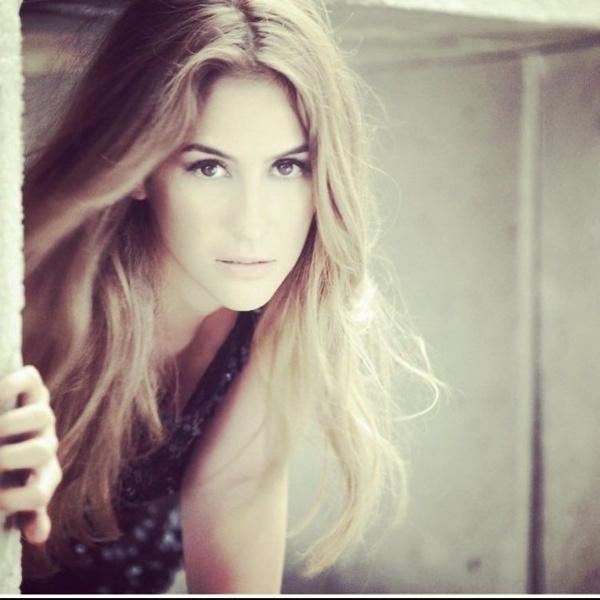 Hesabı hacklenen seksi  şarkıcı Aynur Aydın'ın gizli mesaj ve üstsüz fotoğrafları ifşa oldu! - Sayfa 8