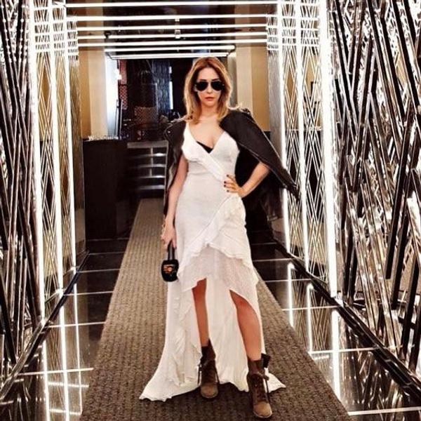 Hesabı hacklenen seksi  şarkıcı Aynur Aydın'ın gizli mesaj ve üstsüz fotoğrafları ifşa oldu! - Sayfa 11