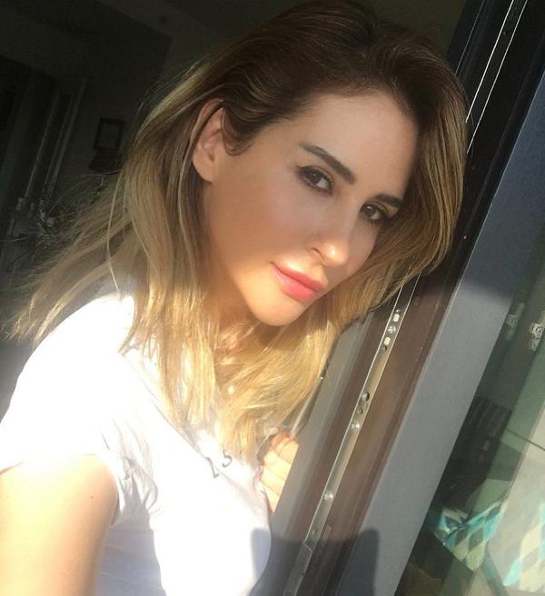 Hesabı hacklenen seksi  şarkıcı Aynur Aydın'ın gizli mesaj ve üstsüz fotoğrafları ifşa oldu! - Sayfa 12