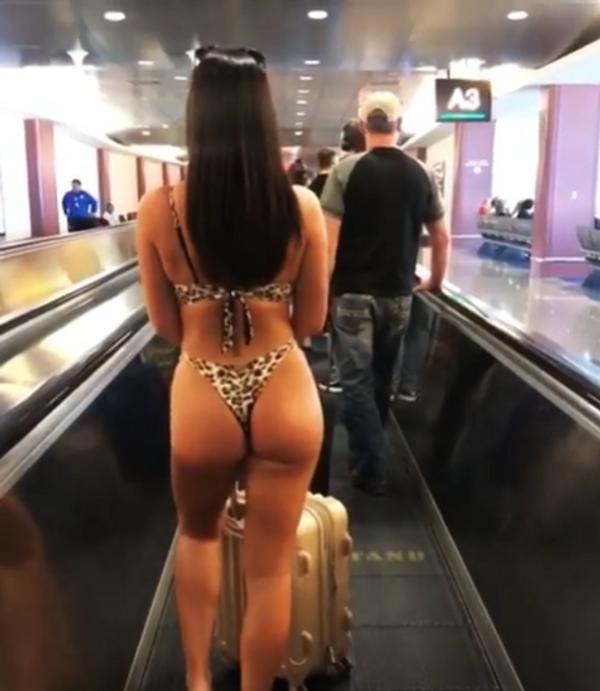 Havalimanında çıplak gezince insanlar ne yapacağını şaşırdı - Sayfa 3