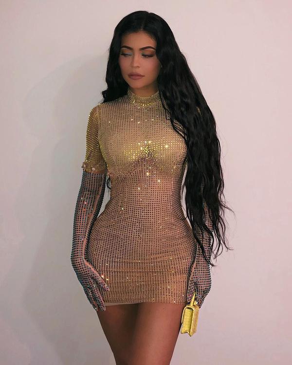 Kylie Jenner, sokağa makyajsız haliyle çıktı; tanımak imkansız - Sayfa 15