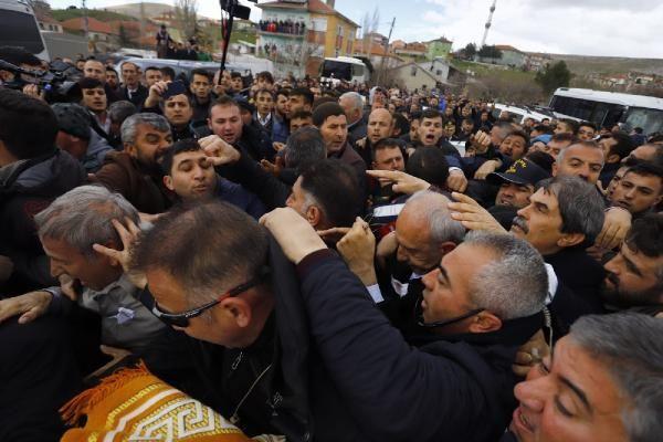 Kılıçdaroğlu'na şehit cenazesinde saldırı! Olay görüntüler - Sayfa 2