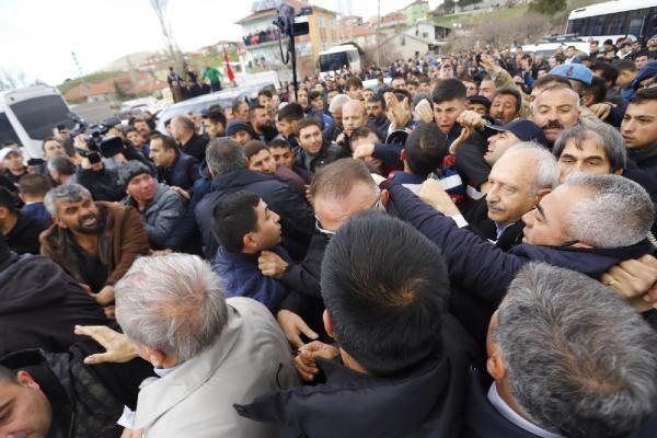 Kılıçdaroğlu'na şehit cenazesinde saldırı! Olay görüntüler - Sayfa 8