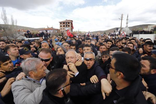 Kılıçdaroğlu'na şehit cenazesinde saldırı! Olay görüntüler - Sayfa 3