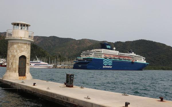 Marmaris'e sezonun ilk yolcu gemisi geldi - Sayfa 1