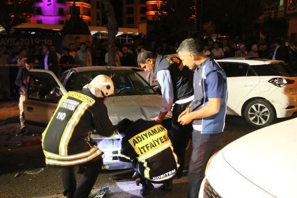 Adıyaman'da 5 aracın karıştığı zincirleme kazada 15 kişi yaralandı - Sayfa 1