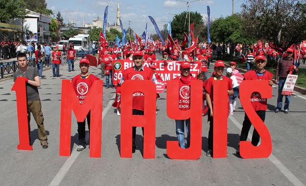 1 Mayıs İşçi ve Emekçiler Bayramı nasıl ortaya çıktı işte Taksim'de kutlanmamasının sebebi - Sayfa 10