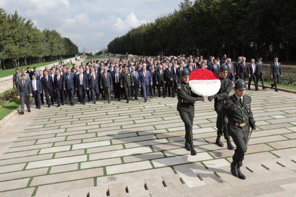CHP'li 250 belediye başkanından Anıtkabir ziyareti Ekrem İmamoğlu da paylaştı - Sayfa 2