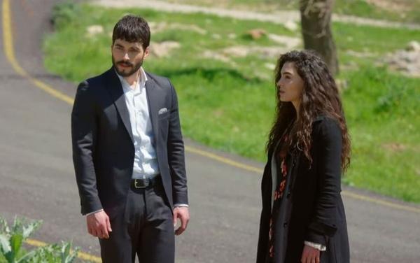 """Hercai dizisinin yapımcısından flaş açıklama: """"Dizimiz zarar görmeye başladı"""" - Sayfa 5"""