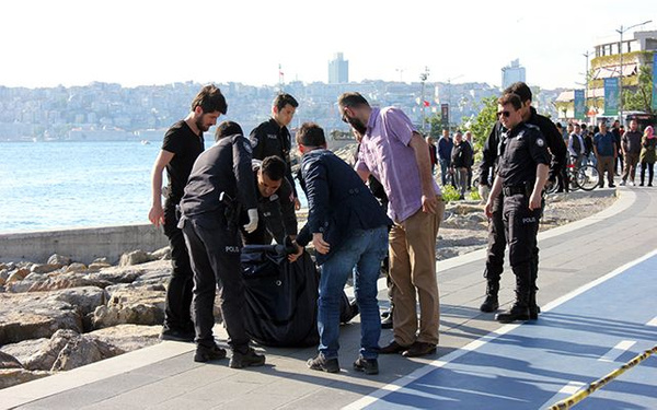 İstanbul Üsküdar sahilinde erkek cesedi bulundu - Sayfa 11