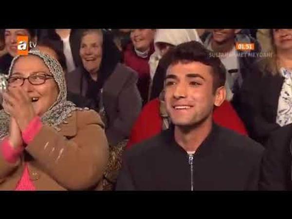 Nihat Hatipoğlu Acun Ilıcalı'ya aşkını ilan eden erkek seyirciye ne diyeceğini bilemedi - Sayfa 4